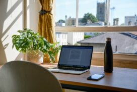 How to Find an Online Job during COVID-19: What Aspiring Digital Nomads Need to Know