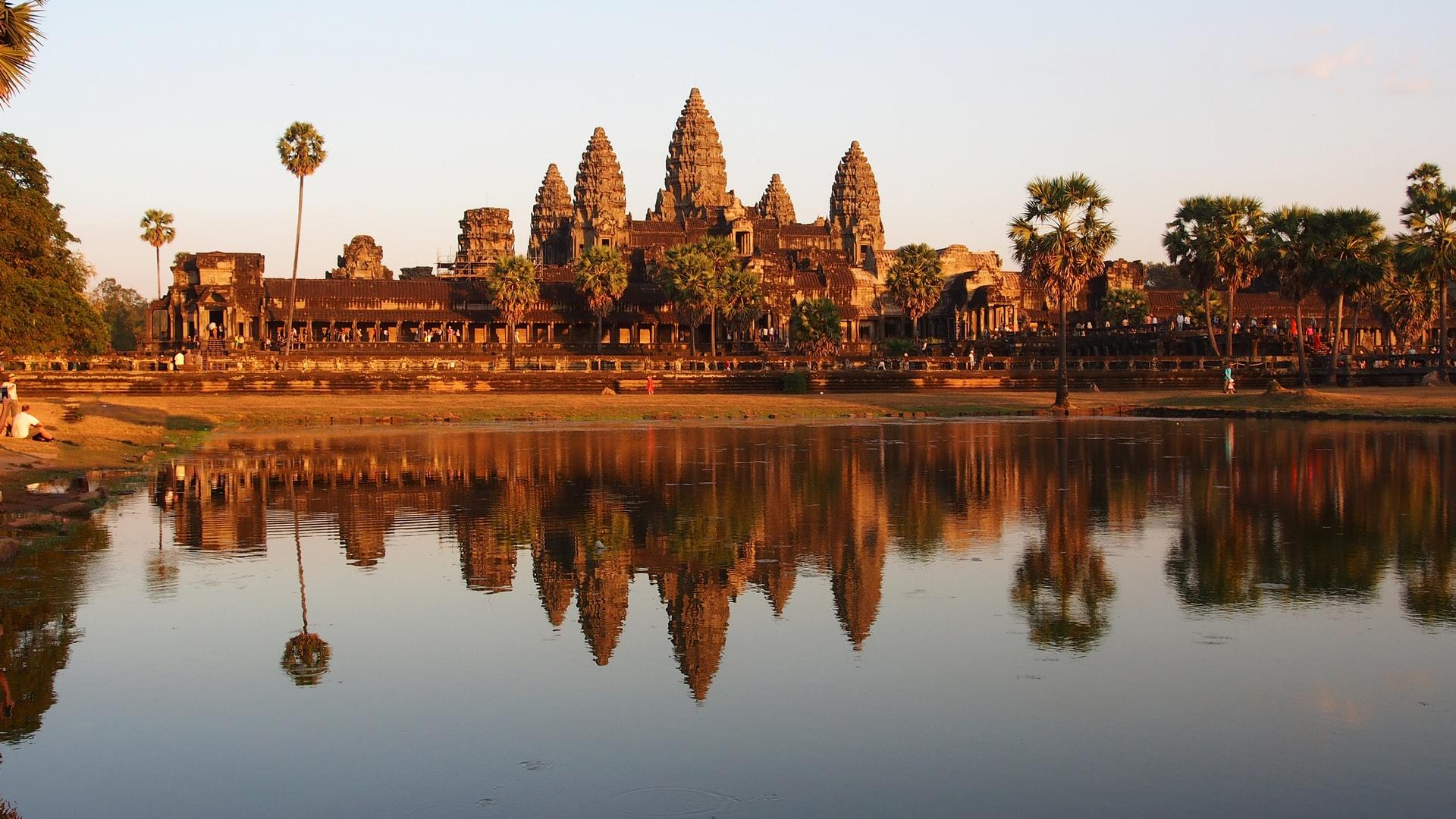Angkor Wat Sunrise - Angkor Wat Sunset - Angkor Wat Sunrise or Sunset - Angkor Wat after 5pm 2