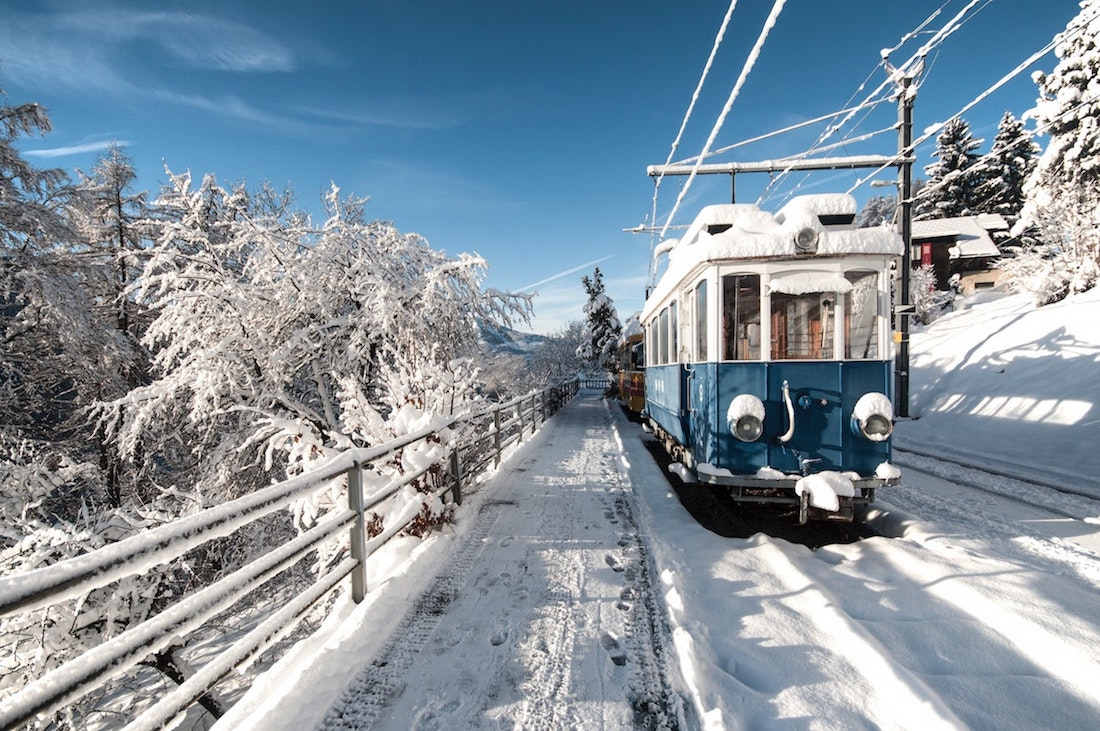 How to Travel from Grenoble to Geneva - Offbeat Escapades 4