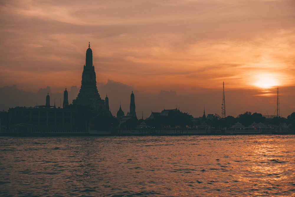 Wat Arun at Sunset - Wat Arun at Night - Offbeat Escapades 2
