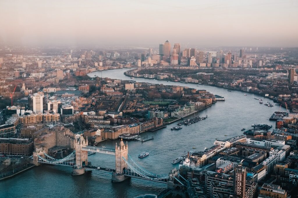 Cool and Fabulous Things to do in London - Offbeat Escapades 9