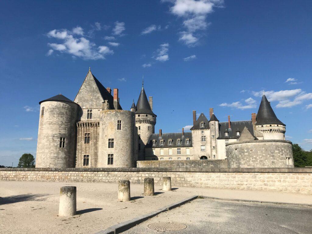 Château de Sully-sur-Loire - Offbeat Escapades - 2